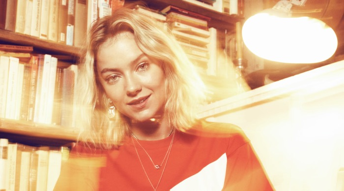 Astrid S - Stripped Down Tour - In the Round